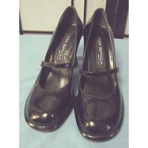 Via Spiga Black Mary Jane Platform Heels 8.5M EC
